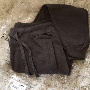 Pants - Grey jogger sweats